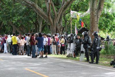 20131109054023-desalojo-santiago-y-palacios.jpg