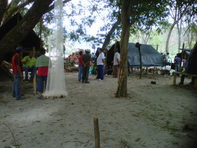 20110628233612-resistencia-pescadores-quimbo.jpg